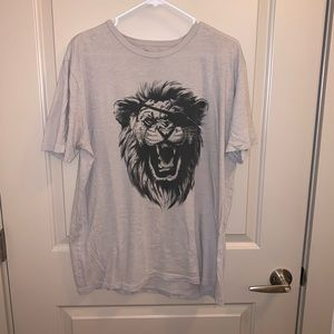 LUCKY BRAND LION EYE PATCH T-SHIRT SIZE L